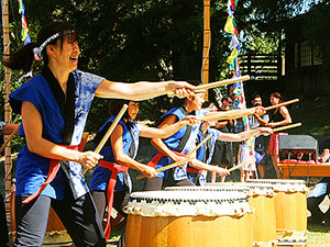 Sonoma Mtn Zen Center Taiko Drum performance